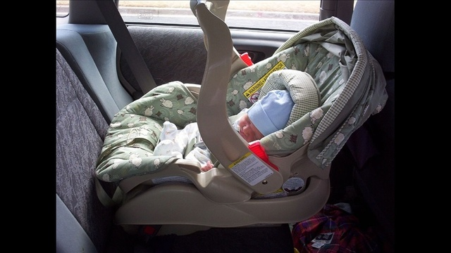 El Paso child safety seat checks offered by TxDOT