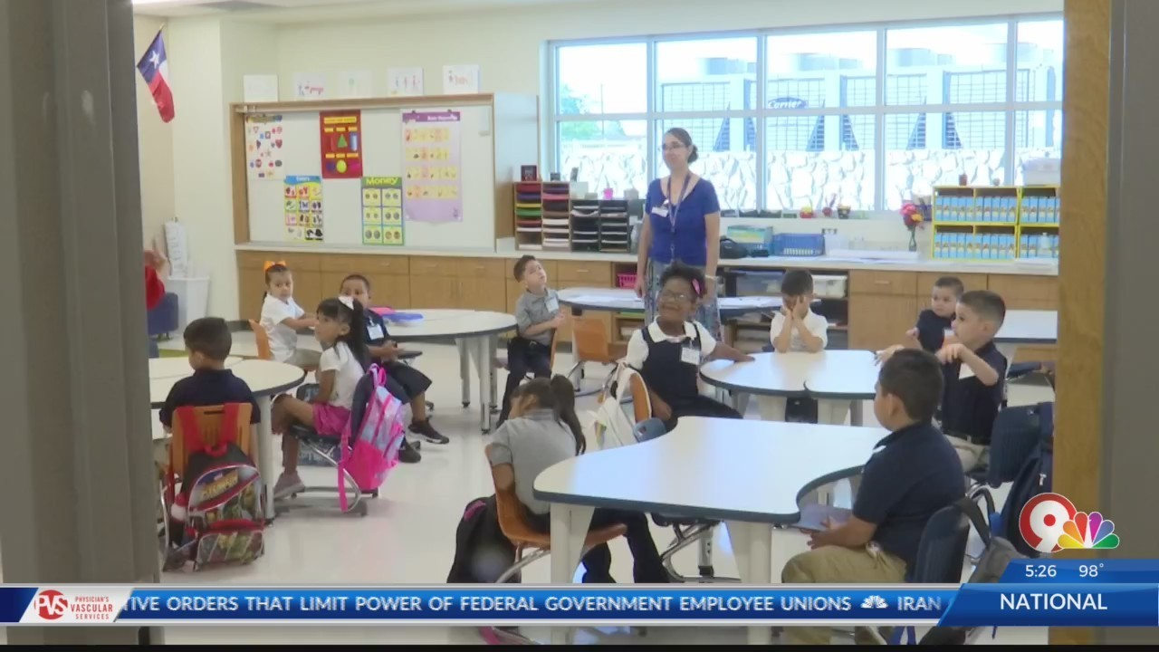 New Ysleta Isd Elementary School Opens On First Day Of School